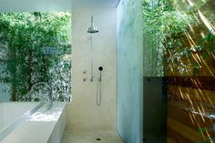 Shower and Bath  Nevitt Residence by Lorcan O'Herlihy