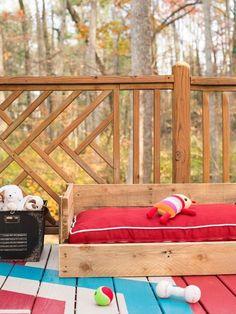 wood pallet dog bed
