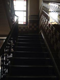 #MountFlorida, #Glasgow.  #heritage #tenement #tiles #design #scotland #wallyclose #wreath #vintage #staircase #bows