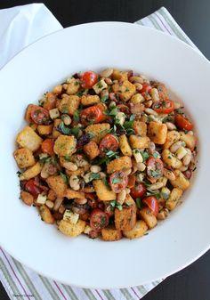 msg 4 21+ Rosemary White Bean Panzanella Salad~ ThymeforCocktails.com #SummerToGo #BlackBoxWines #ad