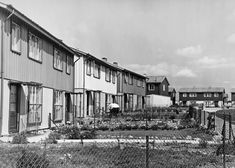 The construction of modern Britain – in pictures Central Mosque, Coventry Cathedral, Council Estate, River Severn, London University, Steel Frame House, Tower Block, Prefabricated Houses, Barbican