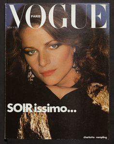 Charlotte Rampling en couverture du numéro de novembre 1976 de Vogue Paris