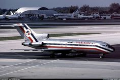 Air Panamá Internacional Boeing 727-100 taxiing in 1990