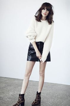 alexa-chung-leather-skirt