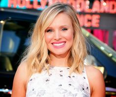 Kristen Bell Flashes Wedding Ring After Secretly Marrying Dax