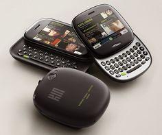 Retromobe - retro mobile phones and other gadgets: Microsoft KIN (2010)