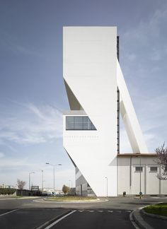 Fondazione Prada Torre / OMA   Netfloor USA