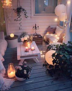 Wohnkultur Ideen DIY Dilek Wintergarten Ideen Wohnkultur Ideen DIY Dilek / Home decor ideas DIY Dilek Conservatory ideas Home decor ideas DIY Dilek / How to set up a baby room Sometimes it is difficult to find a new look for your home. Decorating is e Backyard Patio, Cozy Patio, Backyard Ideas, Small Patio Ideas On A Budget, Budget Patio, Backyard Retreat, Patio Table, Interior And Exterior, Interior Design