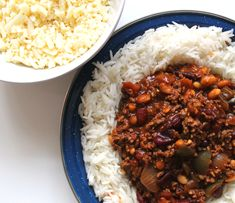 This dish is juicy, meaty, flavourful and 347kcal each (SYN FREE BABY). A spicy steaming bowl of Healthy Mexican Chilli Con Carne is hard to beat.
