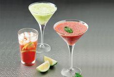 Κοκτέιλ με μαυροδάφνη Martini, Tableware, Glass, Recipes, Dinnerware, Drinkware, Tablewares, Corning Glass, Recipies