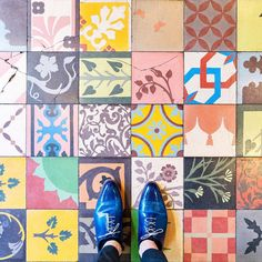 If you walk around Paris, don't forget to look down from time to time: you may be standing on a marvel of design. Check out the Parisian Floors Instagram f