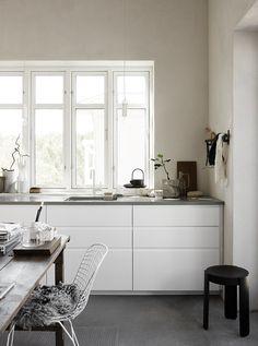 Pella Hedeby's home - via Coco Lapine Design blog