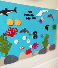 Learning should be fun and with this Under the Sea Ocean Animals Aquarium kit, i. - Learning should be fun and with this Under the Sea Ocean Animals Aquarium kit, it's exactly that! Decoration Creche, Class Decoration, School Decorations, Diy And Crafts, Arts And Crafts, Paper Crafts, Sea Crafts, Summer Crafts For Kids, Art For Kids