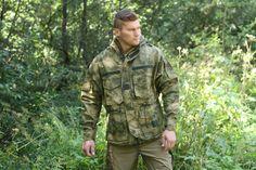 Bunda je vhodná na celoročné nosenie a na rôzne aktivity. Para Smock aj u nás v Army original. http://www.armyoriginal.sk/2883/133492/para-smock-a-tacs-fg-invader-gear.html