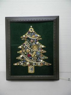 Vintage Rhinestone Jewelry Christmas Tree Picture Framed with Lights | eBay