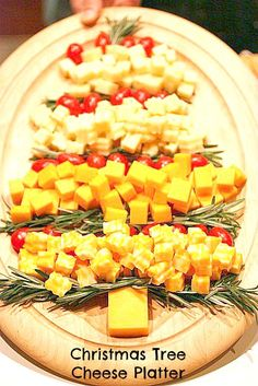 Lots of Festive Christmas Food IDeas - Christmas Tree Cheese Platter