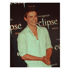Fuck Yeah, Xavier Samuel! ❤ liked on Polyvore featuring xavier samuel, guys, pictures and twilight