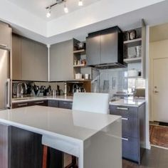 Step into the highly desired High Park residence! This one bedroom plus den with 2 bathrooms located directly across from. Condos, One Bedroom, Lofts, Den, Toronto, The Neighbourhood, Bathrooms, Canada, The Unit