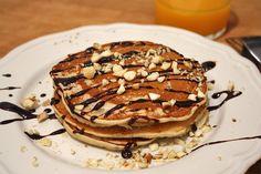 Pancakes vegan à la banane : http://www.lagrignoteuse.com/2015/11/11/pancakes-vegan-a-la-banane/