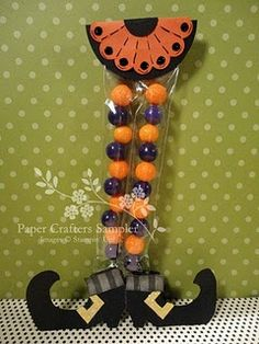 Halloween Craft: Candy-leg Witch. Definitely this one for the grand-kids next year