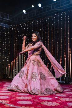 Rajasthani Wedding with a stunning DIY lehenga design and super unique bridal hair do - Tavishi -Akhil - Witty Vows Bridal Bun, Bridal Hairdo, Indian Bridal Outfits, Indian Bridal Lehenga, Floral Umbrellas, Open Hairstyles, Lehenga Designs, Wedding Attire, Vows