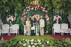 Perpaduan Adat Sunda dan Padang Ala Muthia dan Jagat -