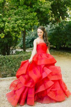 Elegant wedding with a stunning red Vera Wang wedding dress| Belinda & Jon  See more on Love4Wed  http://www.love4wed.com/elegant-wedding-with-a-stunning-red-vera-wang-wedding-dress/