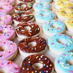 time  @littlesparkscookies [CookieCutterKingdom Donut Cutter] #cookiecutterkingdom