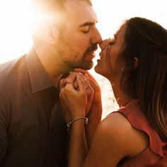 You smell like love. Engagement Couple, Engagement Shoots, Kiss You, Engagements, Sunshine, Alice, Sunset, Photo And Video, Couple Photos