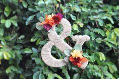 DIY_ampersand_twine_flowers