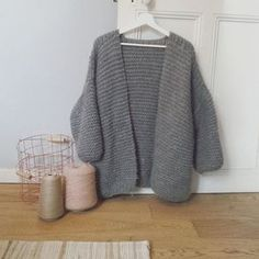 New Crochet Cardigan Free Pattern Tricot 56 Ideas Crochet Shrug Pattern Free, Baby Cardigan Knitting Pattern, Knitting Patterns, Free Pattern, Scarf Patterns, Knitting Ideas, Crochet Stitches, Crochet Unicorn Hat, Alter Pullover