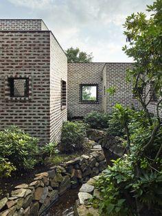 Love bricks. Creek House, Tham Videgård