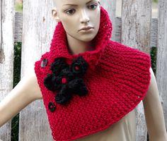 Knitt Scarf Capelet  Woman's Shawl Cape  Red black Womens
