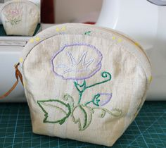 Handmade Embroidery Coin Change Purse Change Purse by Mingxiastore
