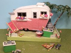 Putz Camper Trailer Glitter House in Pink & White by glitteratmidnight on Etsy https://www.etsy.com/listing/610362311/putz-camper-trailer-glitter-house-in
