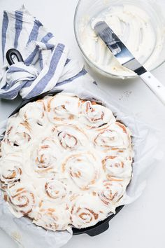 Best dairy free cinnamon rolls w/ dairy free buttercream! Soft, tender, and perfect flavor spread throughout. Try out these vegan cinnamon rolls today! Dairy Free Eggs, Dairy Free Recipes, Vegan Recipes, Vegan Foods, Egg Free, Vegan Desserts, Gluten Free, Best Cinnamon Roll Recipe, Vegan Cinnamon Rolls