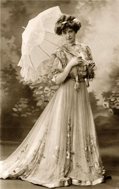 Beautiful Lady,  19th Century Tea Garden Gown.