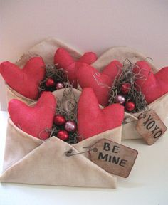heart bowl fillers found at swampwaterprimitives on ETsy.