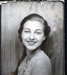Vintage Photo Booth Arcade Photo - Striking Pretty Girl | Collectibles, Photographic Images, Vintage & Antique (Pre-1940) | eBay!