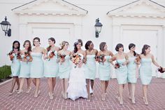 love the bridesmaids outfits