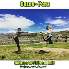 Cuzco - Peru  www.megaroteiros.com.br  Foto @jumps_around_the_world