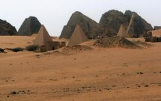 35 Pyramids Found in Sudan: New Discoveries of Ancient Pyramids Prove There May Be More Buried in the Sand : Science : Latinos Post