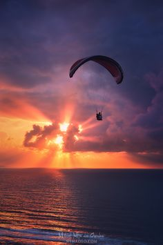 Paragliding at sunset, Sopelana, Basque Country, Spain by Mimadeo Beautiful World, Beautiful Places, Sup Yoga, Escalade, Kayak, Basque Country, Amazing Sunsets, Paragliding, Beautiful Sunrise