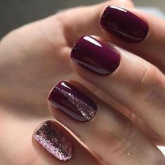 30 atmospheric nail models for modern women # nail polish # nail design 48 fantastic burgundy nails for super stylish lad Maroon Nails, Burgundy Nails, Purple Nails, Red Nails, Purple Glitter, Burgundy Wine, Glitter Nails, Burgundy Color, Glitter Art