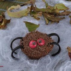 Muffin di ragnetto peloso. Condivisa da: http://losfiziogoloso.blogspot.it/