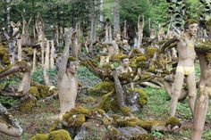 The Factory Worker Who Spent 50 Years Filling a Forest with Otherworldly Sculptures Spooky World, Body Farm, Highgate Cemetery, Factory Worker, Garden Of Earthly Delights, Spooky Places, Visit California, Most Haunted, Blue Garden