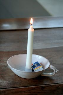 Fabulös inspiration: snart GOTT NYTT ÅR! Ceramic Candle Holders, Candlestick Holders, Ceramic Vase, Ceramic Pottery, Candlesticks, Pottery Lessons, Clay Studio, Swedish Style, Play Clay