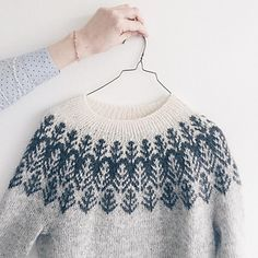 Ravelry: Project Gallery for Skógafjall pattern by Dianna Walla Fair Isle Knitting Patterns, Sweater Knitting Patterns, Knit Patterns, Baby Knitting, Womens Knit Sweater, Icelandic Sweaters, Ravelry, Knitwear, Knit Crochet