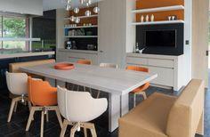 Lof Slim table @ RR Interior Concepts