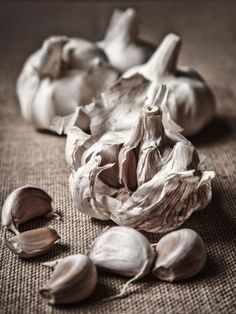 Garlic for acne-Garlic: Peel and mash eight cloves of fresh garlic. Apply to face avoiding the area around the eyes. Leave on for about 15 minutes. Wash off with a warm cloth. Finish with a rinse of the vinegar pH balancer.